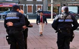 إخلاء مراكز الإقتراع بفرنسا بسبب سيارة مشبوهة