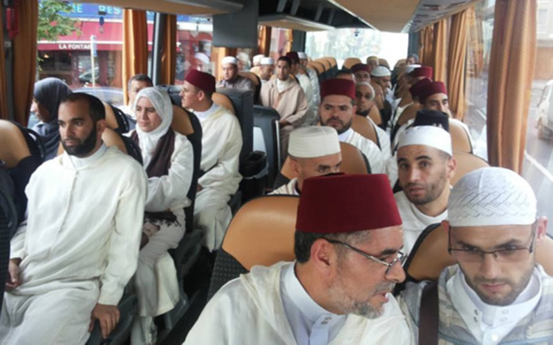 أئمة ومرشدون يؤطرون مغاربة اسبانيا خلال شهر رمضان الفضيل