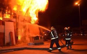 لا ضحايا في الأرواح.. هكذا تمت السيطرة على حريق خطير بمولاي رشيد وسط كازا