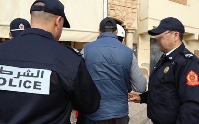 أصوله جزائرية ومطلوب لفرنسا.. توقيف ناشط بعصابة دولية في مطار البيضاء