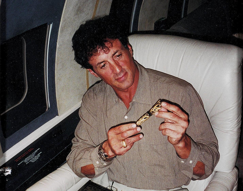 أغْوَت ملوك ورؤساء العالم.. أقلام 'مونتيغرابا' المُرصّعة بالياقوت والألماس تساوي ملايين الدولارات