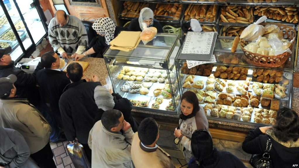 قضية 'مول المخبزة'..فيدرالية المخابز والحلويات: سلوكه مزايدة لا طائل منها