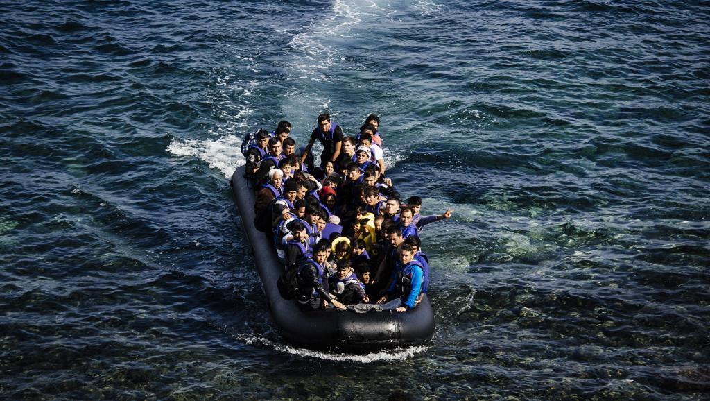 المعاناة مستمرة.. إنقاذ 81 'حراكا' بينهم نساء ورضع قرب السواحل الإسبانية
