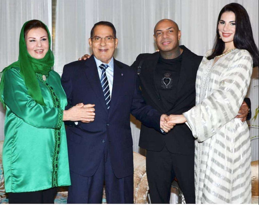 صور. ظهور الرئيس الهارب زين العابدين وزوجته بحفل زفاف يثير صدمة التونسيين