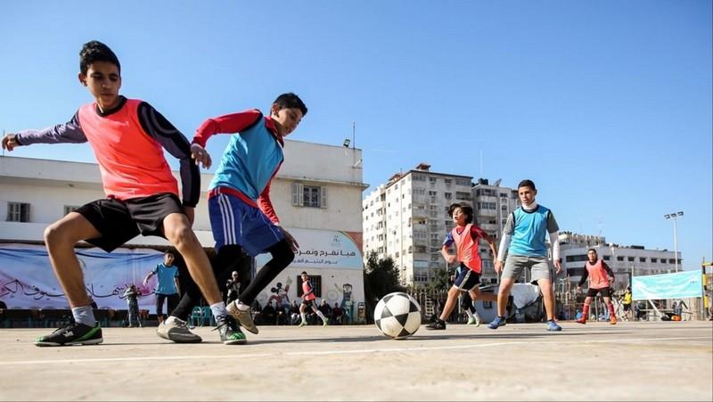 فضيحة للمرة الثانية.. مُدرب كرة القدم يغتصب طفلا بمراكش ومطالب بالقصاص