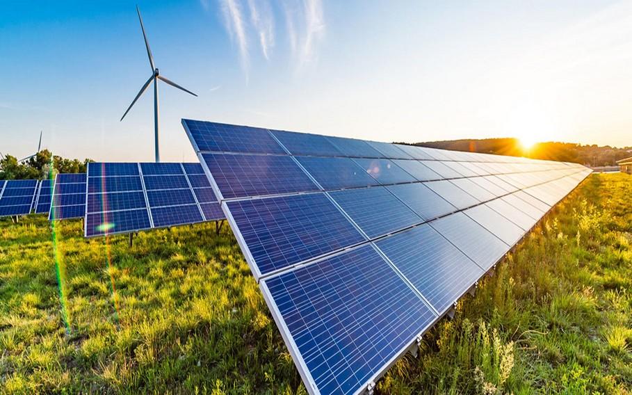 الدار البيضاء تحتضن الدورة الثامنة للمعرض الدولي للطاقة الشمسية والنجاعة الطاقية