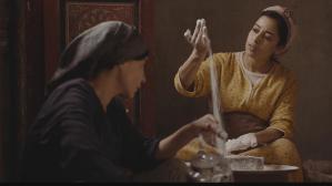 مخرجة مغربية تفتح جرح الأمهات العازبات بمهرجان كان السينمائي