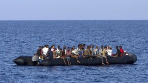 وضعهم مقلق.. تونس ترفض استقبال مهاجرين مغاربة عالقين قبالة سواحلها