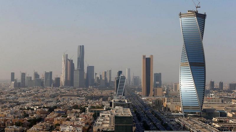 السعودية تطلق نظام الـGreen card للإقامة الدائمة. تعرّف على المبالغ