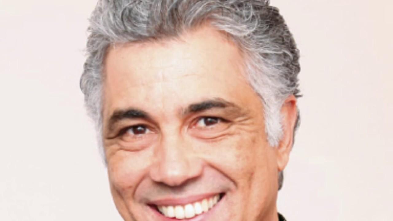 قيدوم الإعلاميين بن شيكر يعود للمشاهد المغربي ببرنامج جديد على دوزيم