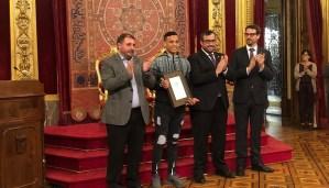 اسبانيا.. المغربي أوناصر يفوز بجائزة 'شخصية الشباب 2019' بنافارا