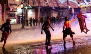 مواجهات دامية بين ألتراس الجيش و'ج. سلا' تسقط قتيلا.. واعتقال 10 مشجعين