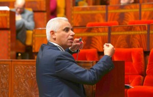 لماذا لا يخرج وزير الصحة بندوة صحفية يطلع فيها المغاربة المرعوبين بحقيقة كورونا؟