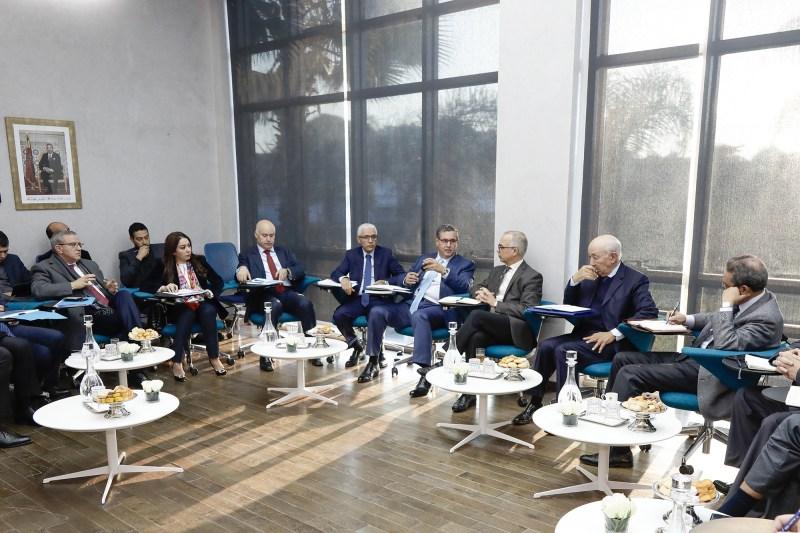 قادة الأحزاب يثمنون خلاصات تقرير النموذج التنموي، وأخنوش: رؤية المغاربة للمستقبل