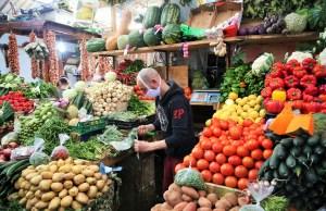 وزير الفلاحة: تموين الأسواق الوطنية جيد.. وهذه أسباب ارتفاع أسعار بعض المواد الغذائية