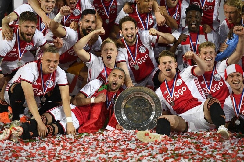 بدون منح اللقب لأياكس.. الدوري الهولندي الممتاز أول المستسلمين لكورونا بإلغاءه رسميا