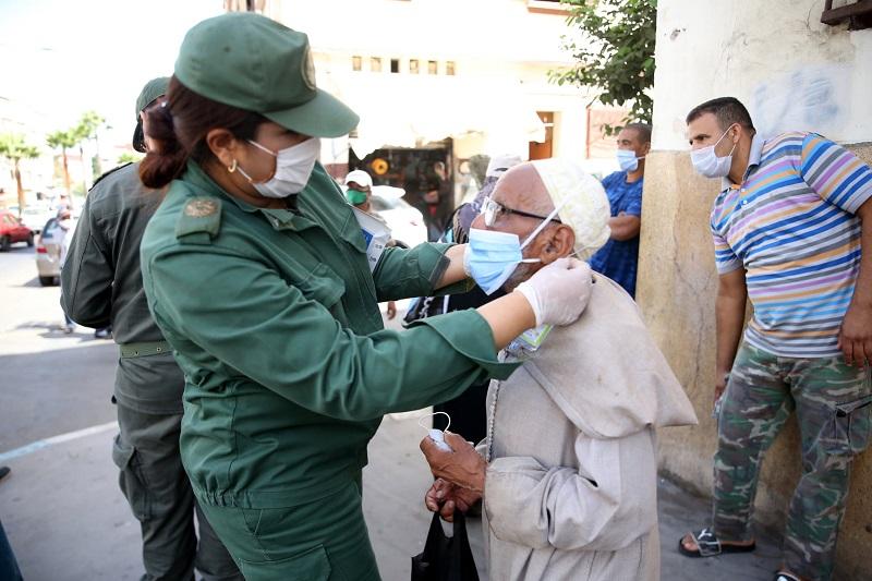 خبر سار للمغاربة.. مؤشر تكاثر كورونا ينخفض إلى 0.92 ومنحنى الوفيات يتراجع بـ 3.6%