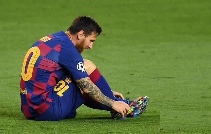 أرقام قياسية جديدة تنتظر ميسي حال توقيع عقده الجديد مع برشلونة