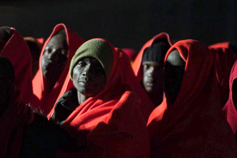رغم مخاطر كورونا.. آلاف الحراكة الأفارقة يخاطرون للوصول إلى إسبانيا عبر المغرب