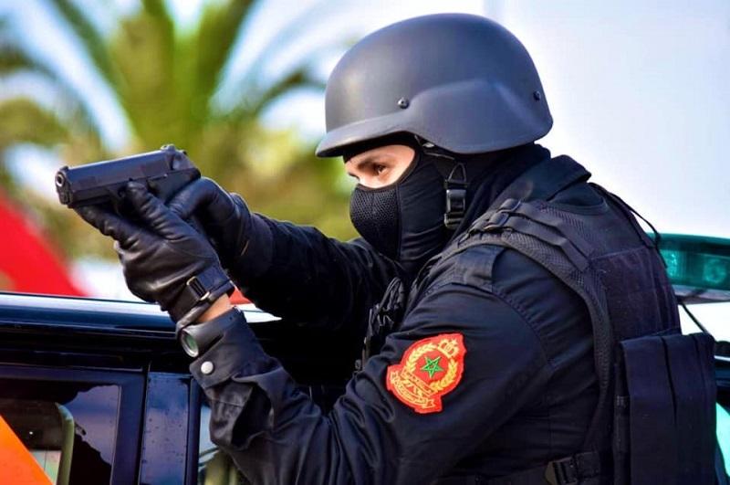 كازا. رصاصة في الفخذ توقف عشرينيا هاجم الشرطة بالسلاح الأبيض