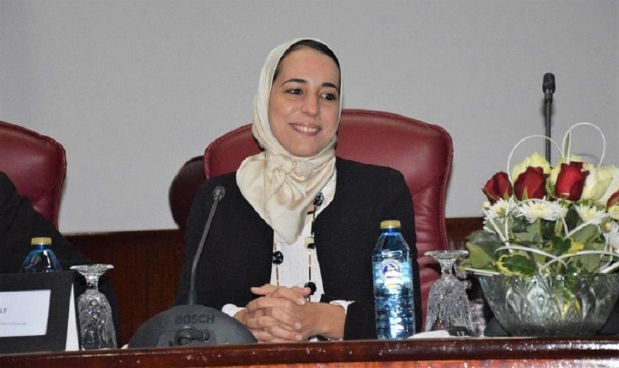 """كفاءات مغربية. الباحثة هاجر المصنف تحرز جائزة الذكاء الاصطناعي """"Women Tech"""" المرموقة"""