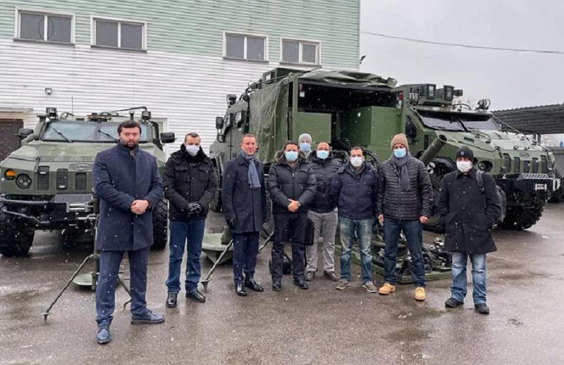صور. وفد من القوات المسلحة المغربية يحل بأوكرانيا ويتفقد مدرعات وأسلحة متطورة