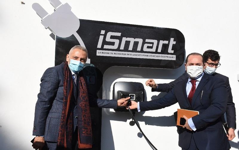 """إطلاق """"iSmart"""" أول محطة ذكية لشحن العربات الكهربائية 100% مغربية"""
