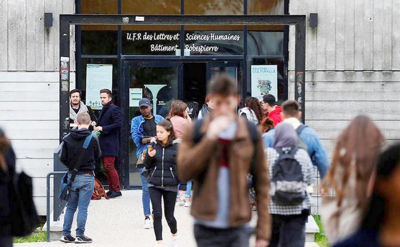 سفارة باريس: أغلب الطلبة الأجانب الذين يدرسون بجامعات فرنسا هم مغاربة