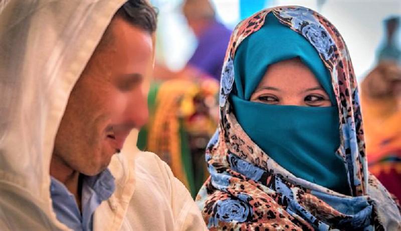 """سابقة. محكمة زاكورة تسقط تهمة الفساد عن """"كوبل"""" لا يجمعهما عقد زواج"""
