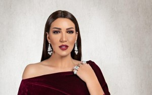 أسماء لمنور تفتح مجال الشهرة للشباب عبر الكوفر'