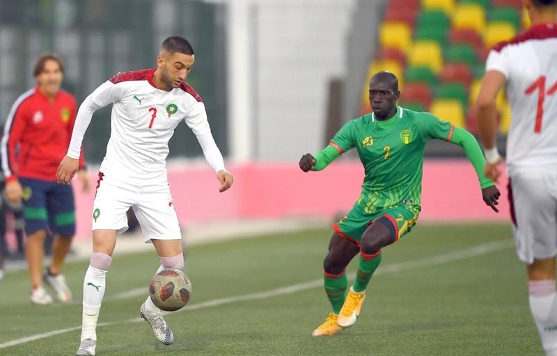 بعد التأهل رسميا.. المنتخب الوطني يواصل صدارته بتعادل أبيض مع موريتانيا
