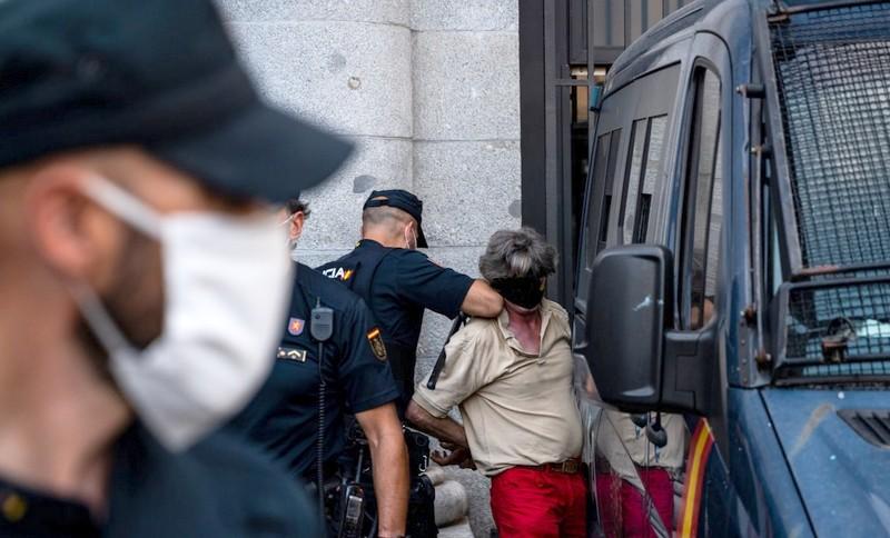 """التحريض ضد المغرب والإرهاب يسقط ناشطاً من """"بوليساريو"""" في قبضة الأمن الإسباني"""