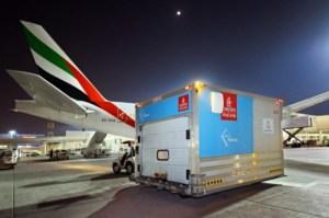الإمارات للشحن الجوي توصل 50 مليون جرعة لقاح إلى 50 وجهة