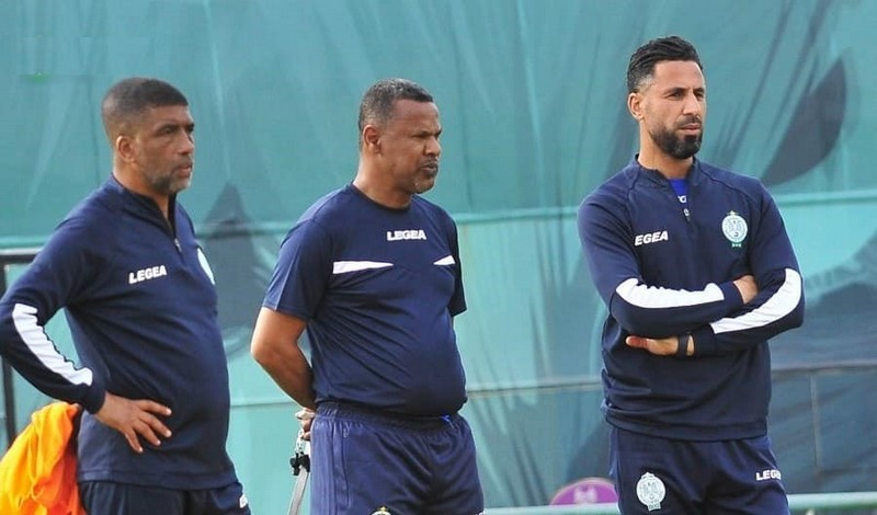 الرجاء الرياضي يفسخ عقد لاعبين قبل انتهاء الميركاتو الصيفي