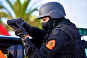 كازا. الرصاص لتوقيف أشخاص هاجموا رجال الشرطة بالأسلحة