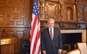 ولد بالمغرب.. واشنطن تُعيّن السفير ريتشارد نورلاند مبعوثا خاصاً إلى ليبيا