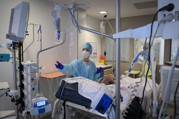 خبراء يؤكدون على تعديل مشروع القانون 33.21 لإنقاذ المنظومة الصحية