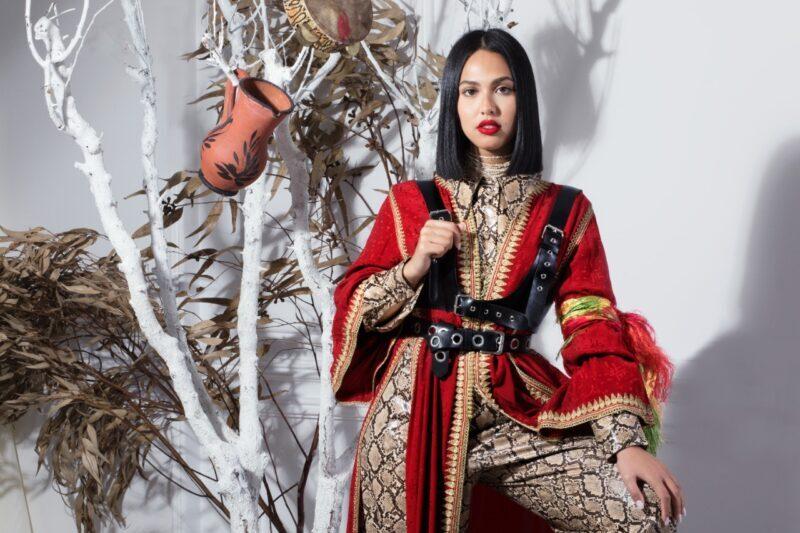 منال في أزمة بعد تسريب ألبومها الجديد على تطبيقات الموسيقى