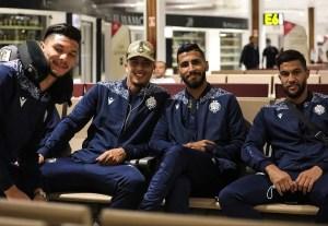 دوري الأبطال | بعثة الوداد تغادر نحو جنوب إفريقيا لحسم التأهل إلى النهائي