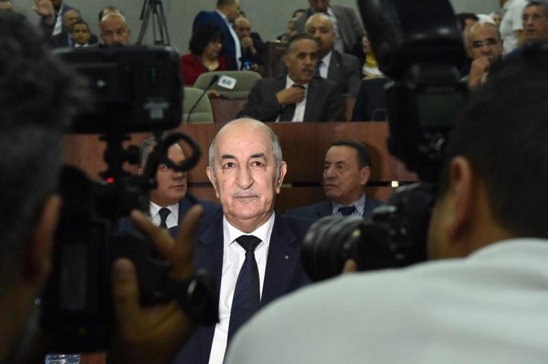 سفير أمريكي سابق: تبون أكثر عزلة من أي وقت مضى وعلى الجزائر مواجهة عِللها المزمنة