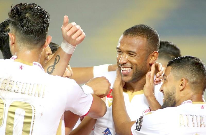 """الكعبي يتقاسم صدارة هدافي البطولة مع مالانغو قبل الإصطدام في """"الديربي"""""""