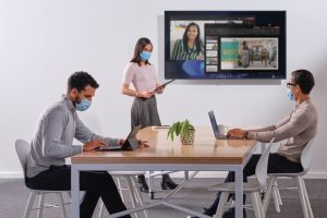 مايكروسوفت ولينكدن يكشفان آخر الاتجاهات في مجال العمل الهجين