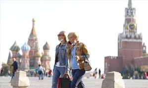 بوتين يعلن أسبوع عطلة في روسيا بعد حصيلة إصابات كورونا كارثية