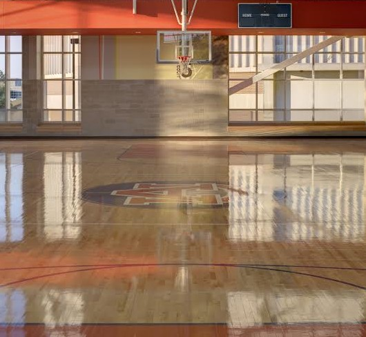 Auburn's student recreation center comes equipped with full basketball courts. (Photo courtesy of HOK)