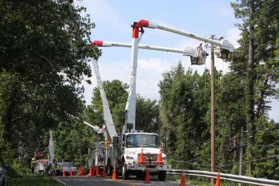 Crews work to restore power after storms hit the Hoover community in July 2015. (file)