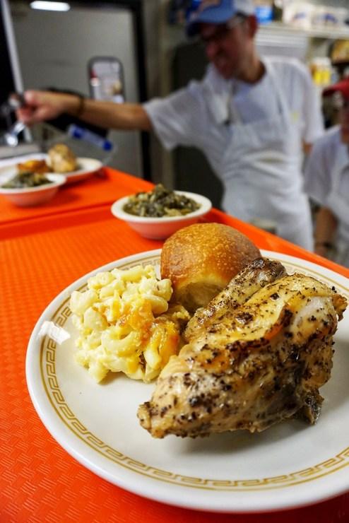 Chicken and mac at Johnny's. (Brett Forsyth)