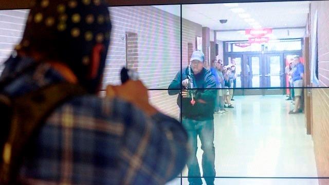 Don't shoot: University of Alabama using virtual reality, neuroscience to improve police training
