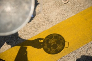 Colander lensing by Wayne Rogers at McWane Science Center. (Phil Free / Alabama NewsCenter)