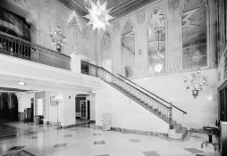 Lobby of the Alabama Theatre, Birmingham. (HABS, Library of Congress Prints and Photographs Division)