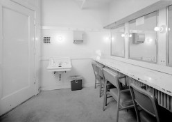 Photograph of a typical dressing room at the Alabama Theatre, Birmingham. (HABS, Library of Congress Prints and Photographs Division)